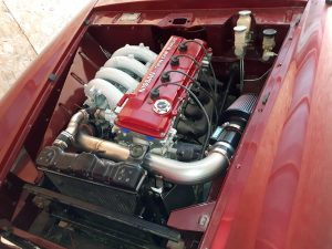 KA24DE engine in Datsun 2000