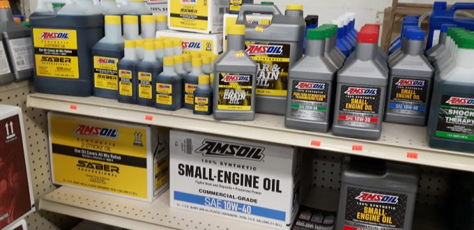 Saber Pro 2-cycle oil for chain saws in Sioux Falls